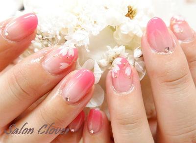 ふんわりグラデーション☆春の桜ネイル