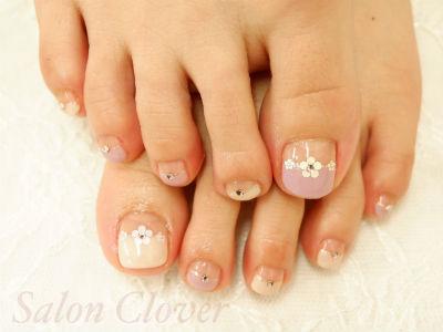 大人可愛いお花フレンチ☆自爪に優しいカルジェルのフットネイル
